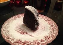 Burokėlių ir šokolado pyragas