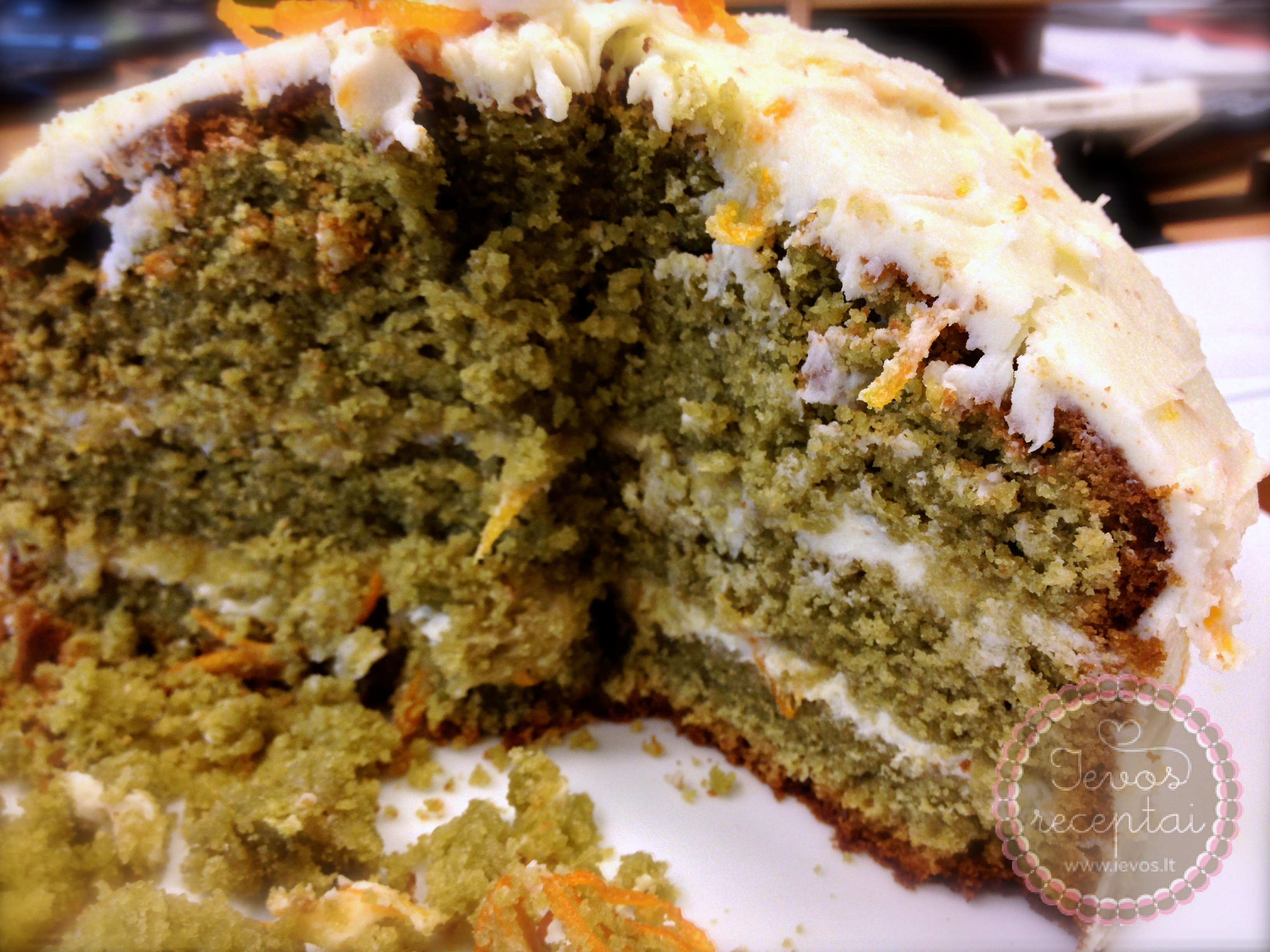 Žaliosios-arbatos-tortas