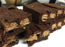 Braunis su Kit-Kat šokoladu